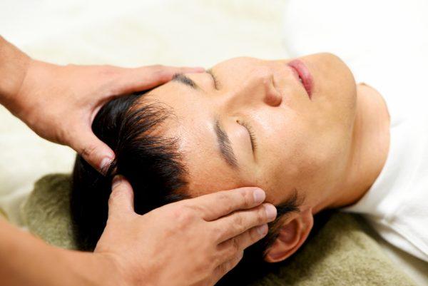 頭皮マッサージにはどんな効果があるの? 何が必要?|おすすめ頭皮マッサージを紹介
