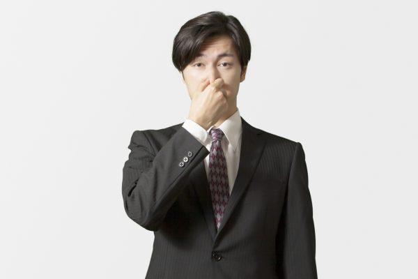 頭皮が臭い理由とは? 気になるニオイを抑えるにはどうすればいいの?