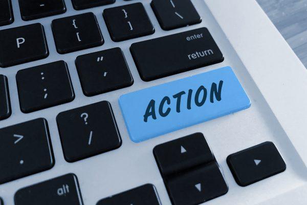 """PCキーボードに""""アクション""""の文字"""
